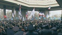 Crimea Unmasking revolution