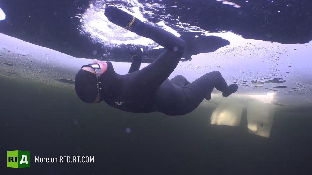 World under-ice freediving record