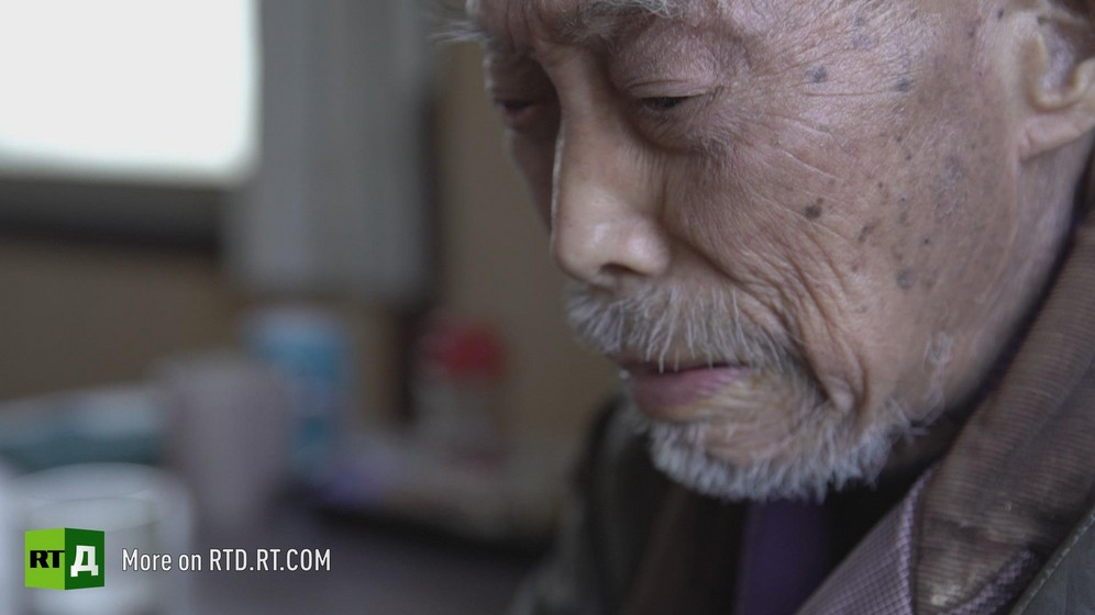Lonely death, or 'kodokushi' is very common in Japan: Volunteers keep an eye on 70-year-old Mr. Murata, as he has no family to look after him and he lives alone.