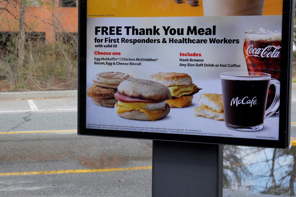 mcdonalds supplying free meals for health workers