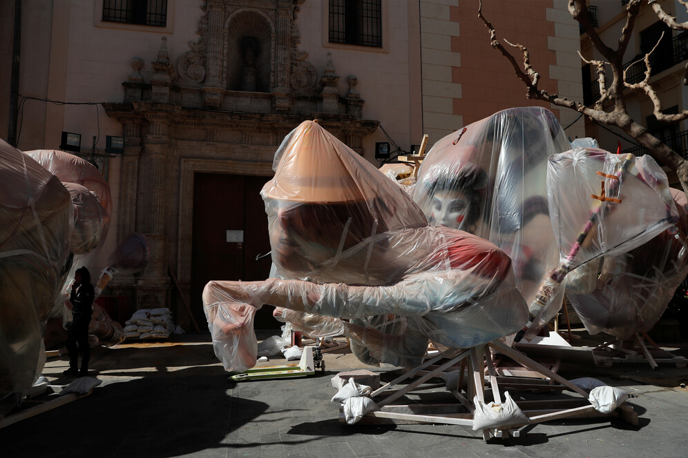 las fallas in spain cancelled due to coronavirus
